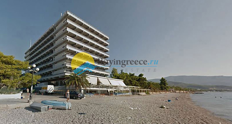 Hotel with bungalows for sale in front of the beach Ag.Theodori - Buyingreece Real Estate (ed)