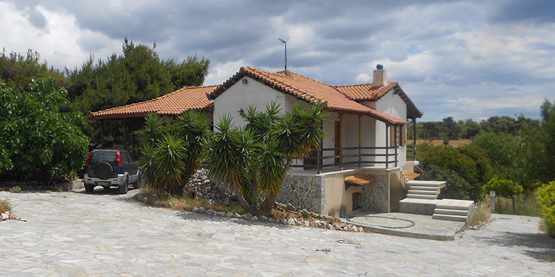 Cottage in Attica with view to forest near Corinth - Buyingreece Real Estate
